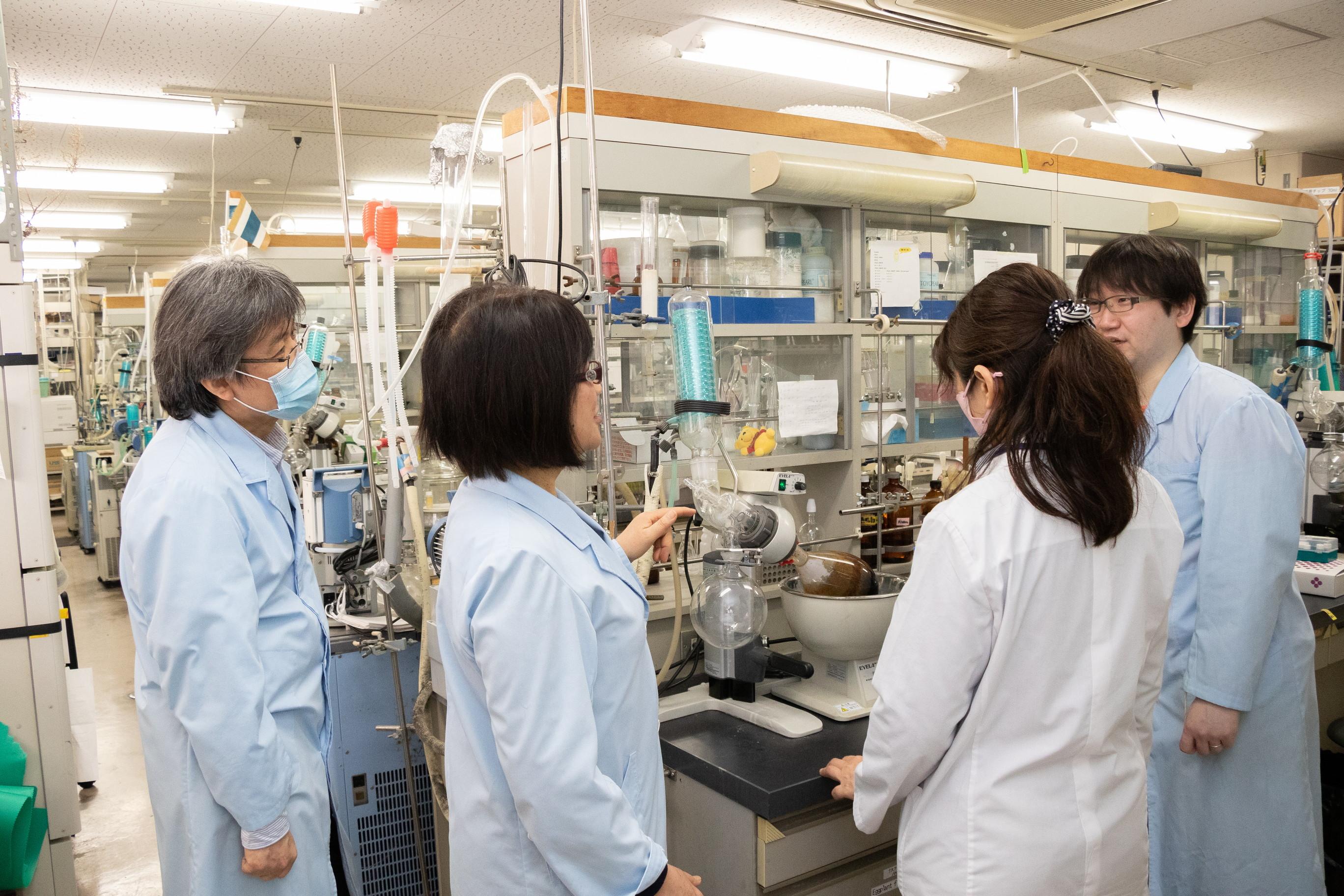徳島文理大学 生薬研究室